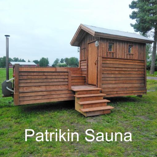 """""""Palju ja sauna samassa kärryssä"""" Patrikin Sauna, Ylimarkku (Närpiö)."""