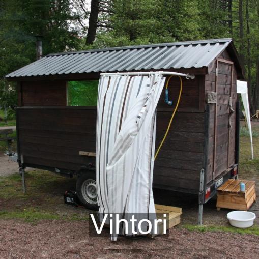 """""""Peräkärryyn talkoilla rakennettu 10 hengen sauna ympärivuotiseen käyttöön"""" Vihtori, Kirkkonummi / Helsinki."""